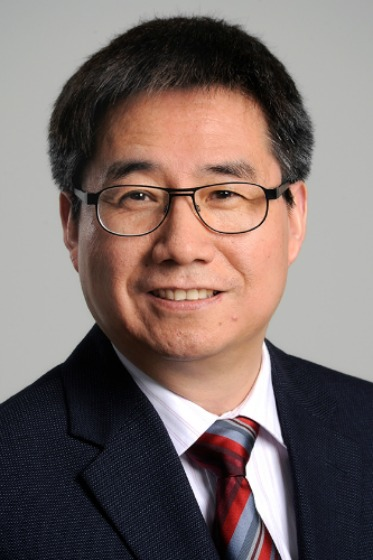 Dr. Yiyu Yao, professor of Computer Science, is attracting growing attention from researchers worldwide.